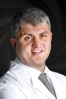 Пластический хирург в Москве Ахмеров Ренат Рашитович